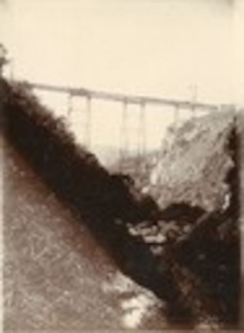 Building of the Gorge Bridge in1905