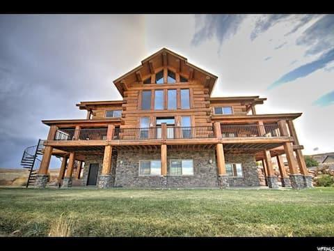 Luxury Bear Lake Cabin