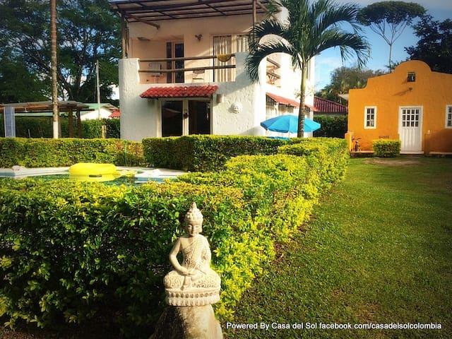 Casas tipo Mediterraneo con piscina - Restrepo - Huis