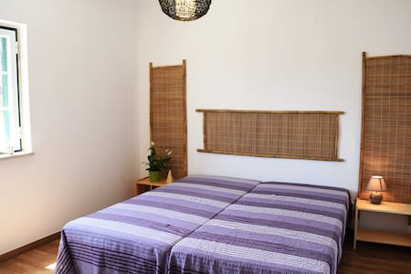 Double bedroom close to the beach - Bed & Breakfast