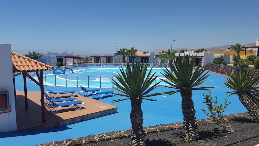 Casa Bonita pool ,wifi & relax in Fuerteventura