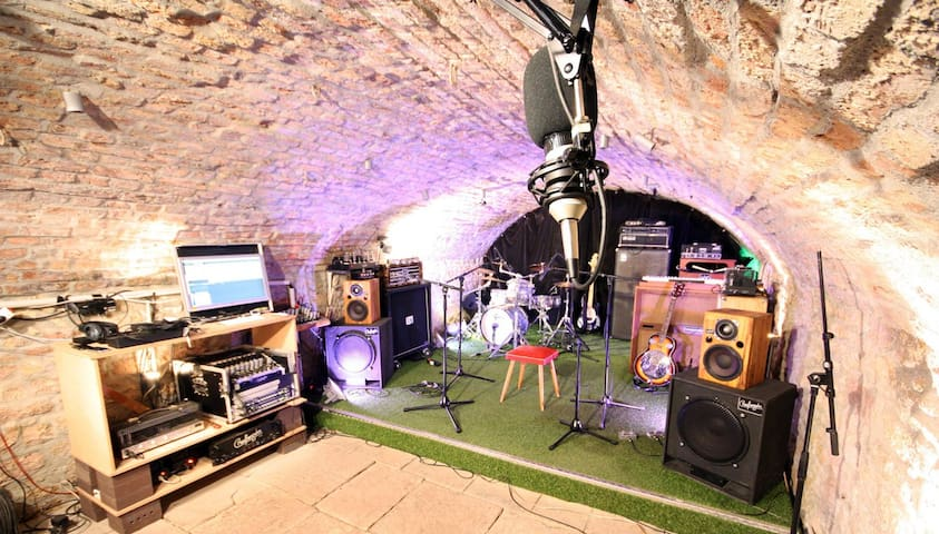 The place for Bands! Musician Hosting - Frankfurt am Main - Other