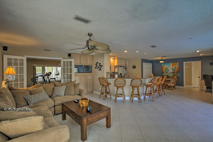Spread out in 2,325 square feet of comfortable living space.