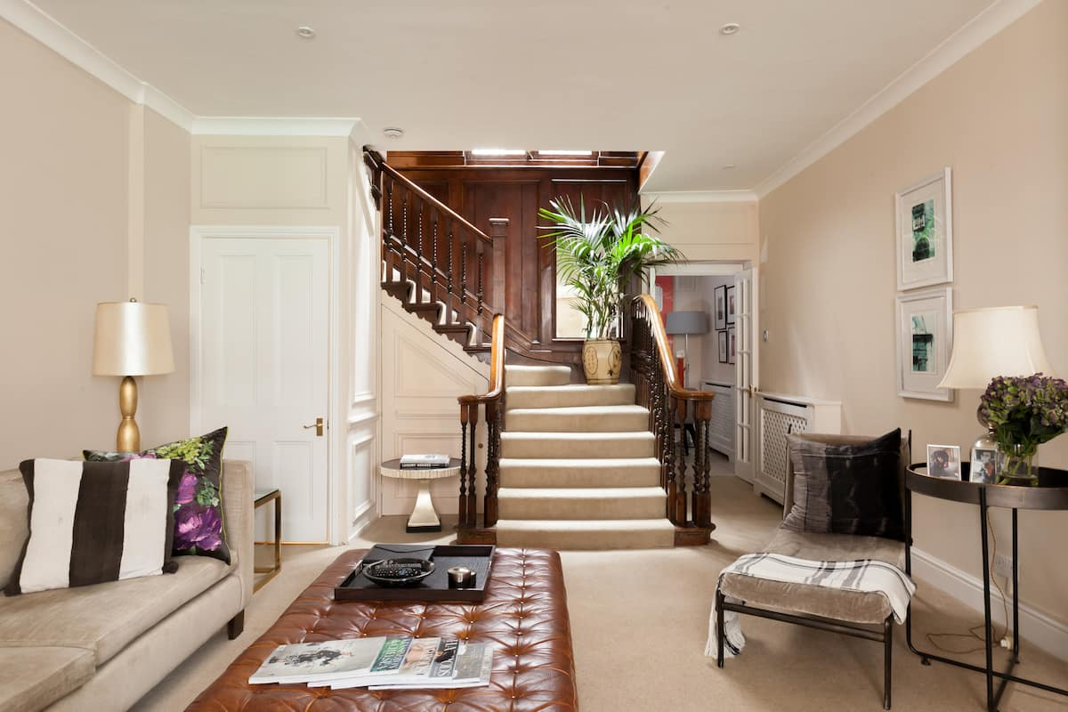 Stylish Townhouse House in Chelsea