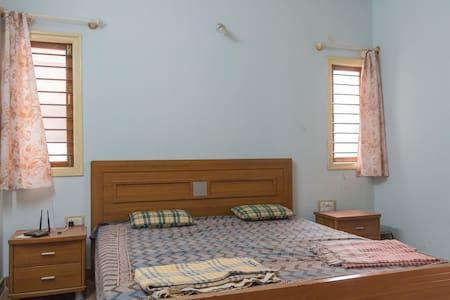 Fully furnished luxury 3 BHK - Bangalore