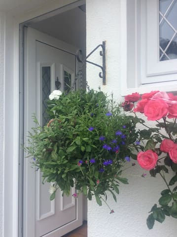 Front entrance with cottage garden to enjoy