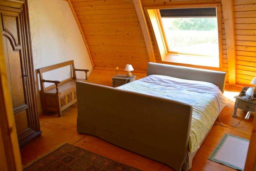 Chambre avec lit Queen Hüssler