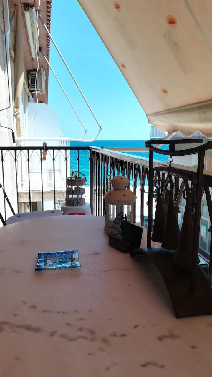Renovated, Sea-front Apartment  ''Asteri""