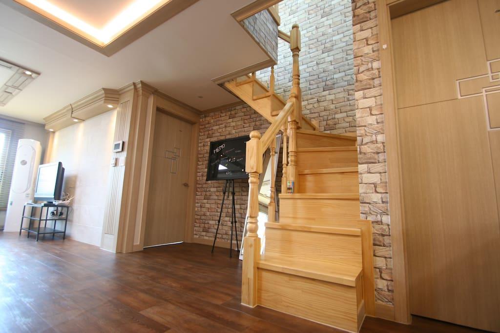 2층계단입구