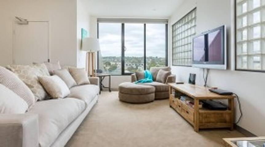 Stylish Mornington Penthouse - Mornington - บ้าน