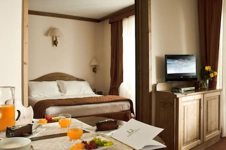 FANTASTIC TWO-ROOM IN HOTEL 4*- 5