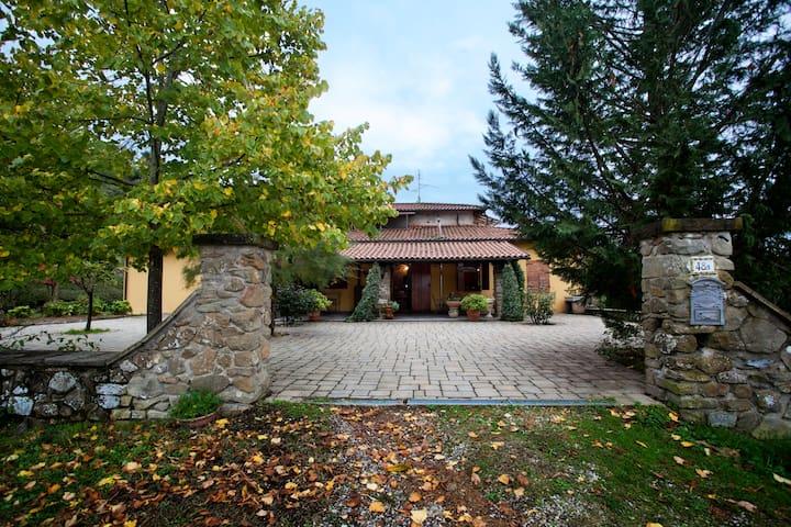 Villa Sant'Angelo- Subbiano - Subbiano - วิลล่า