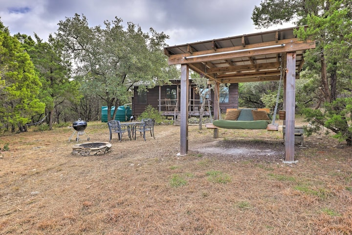NEW! Wimberley Couple's Cabin w/ Spectacular Views