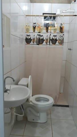 Ap .dois quartos e dependências na avenida Brasil