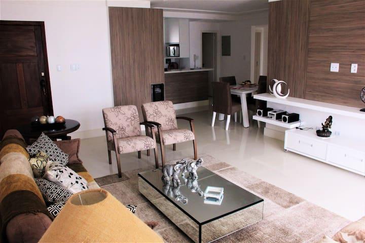Espaço integrado (Sala, Cozinha e Sala de Jantar)