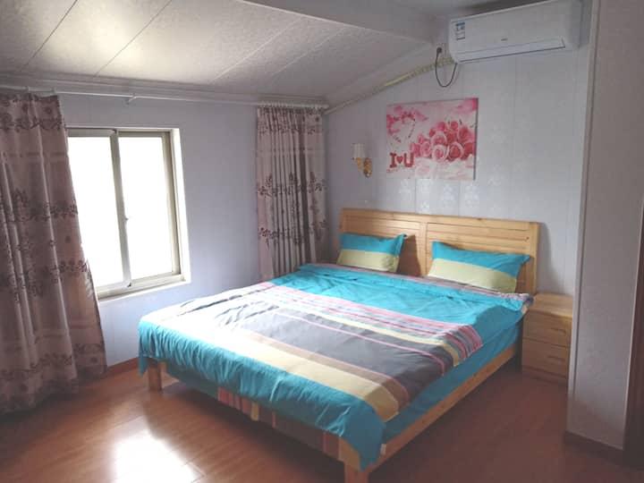 [温馨满屋]浪漫舒适水岸大床房