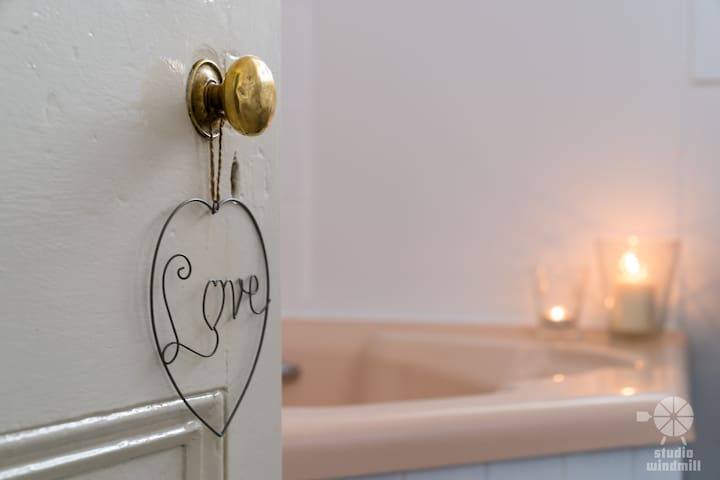 Love is in the detail, Snowgums Retreat