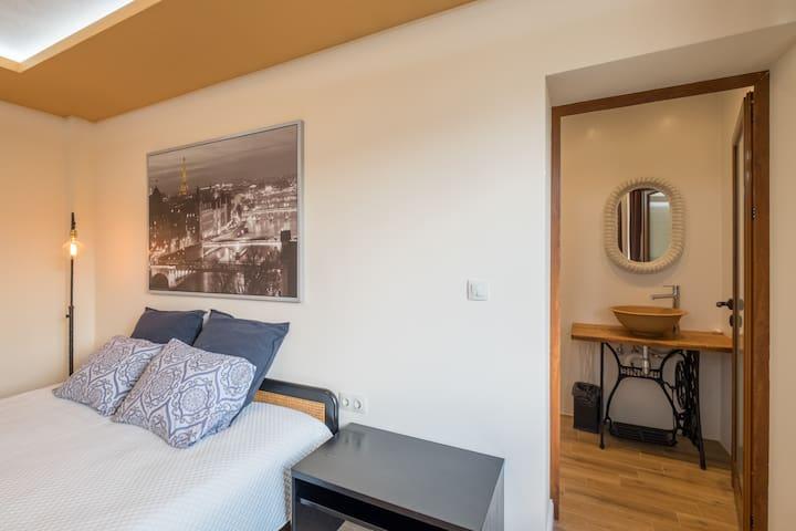 1st Floor Bedroom #2