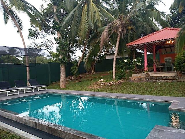Hikkaduwa Garden Haven, private villa with pool