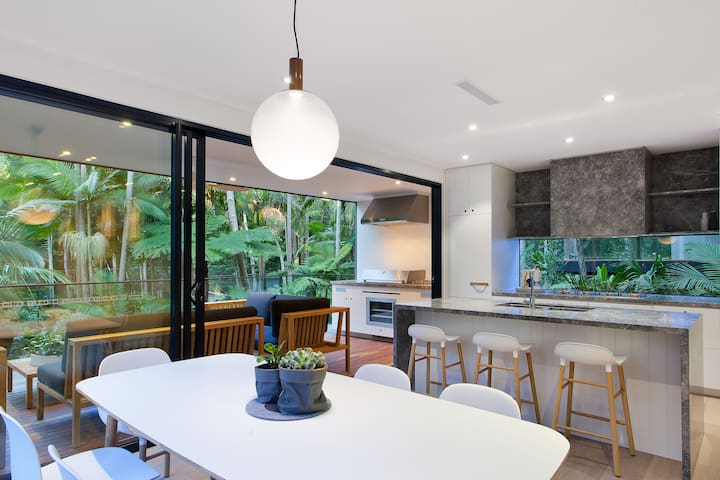 Exclusive Rainforest Retreat in Little Cove, Noosa