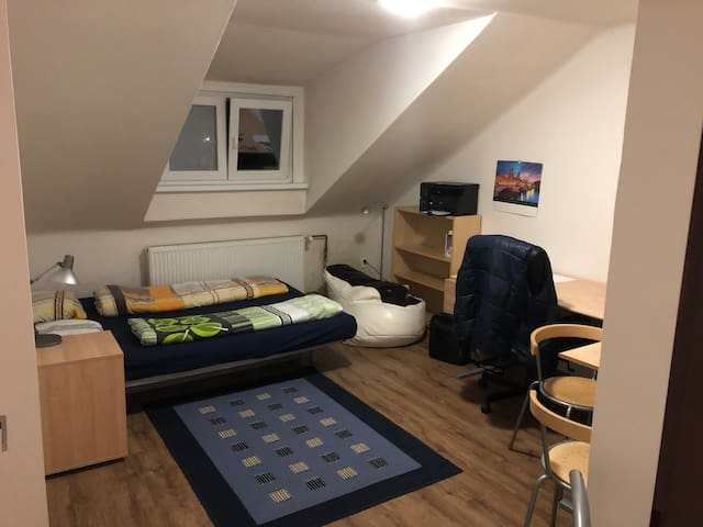 Private small apartment - heart of Prague (Andel)