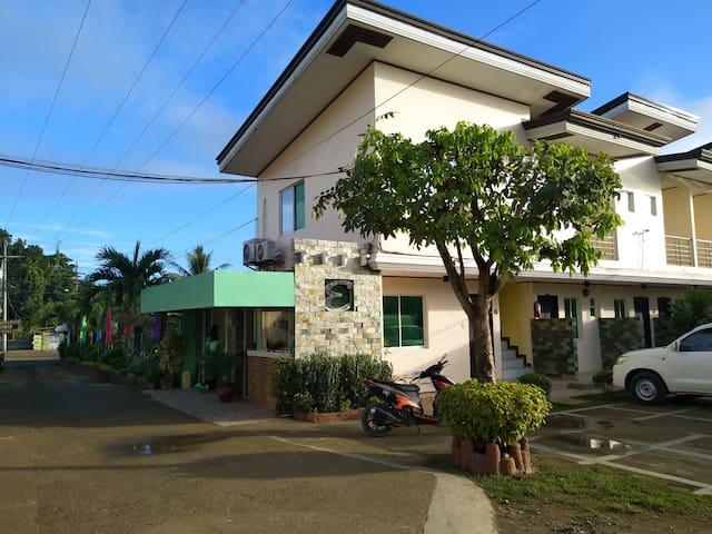 Endielina's Inland Resort