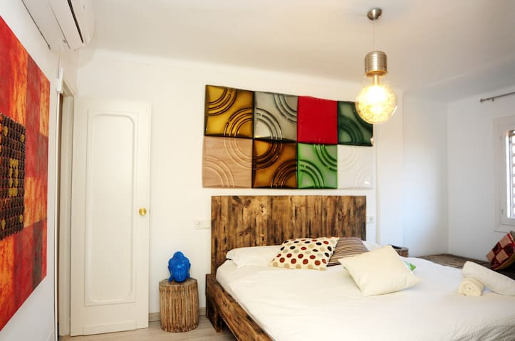 Suite 3 pax in luxury penthouse Ibiza down town - Eivissa - Apartment