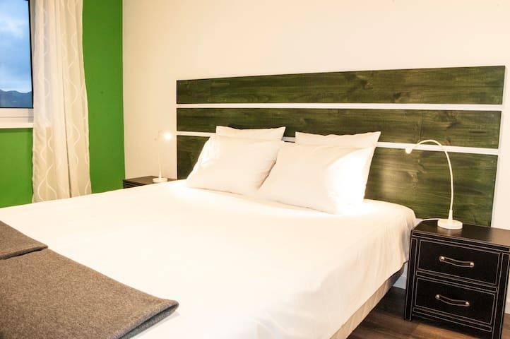 Green Room - City View (Double/Twin) - Ponta Delgada - Bed & Breakfast