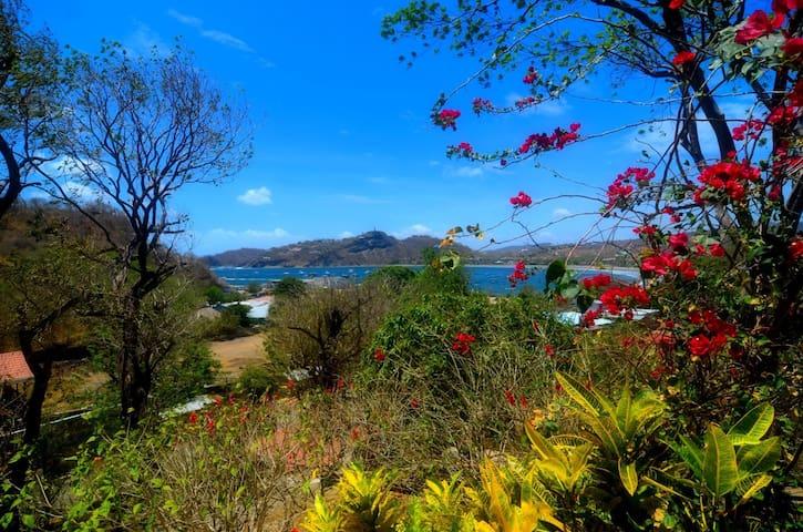 Cabañas Lobolira: 2 bedroom apt 150m from SJ-Bay - San Juan del Sur - Leilighet