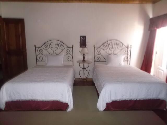 Casa Hortenses Twin room - Almeirim
