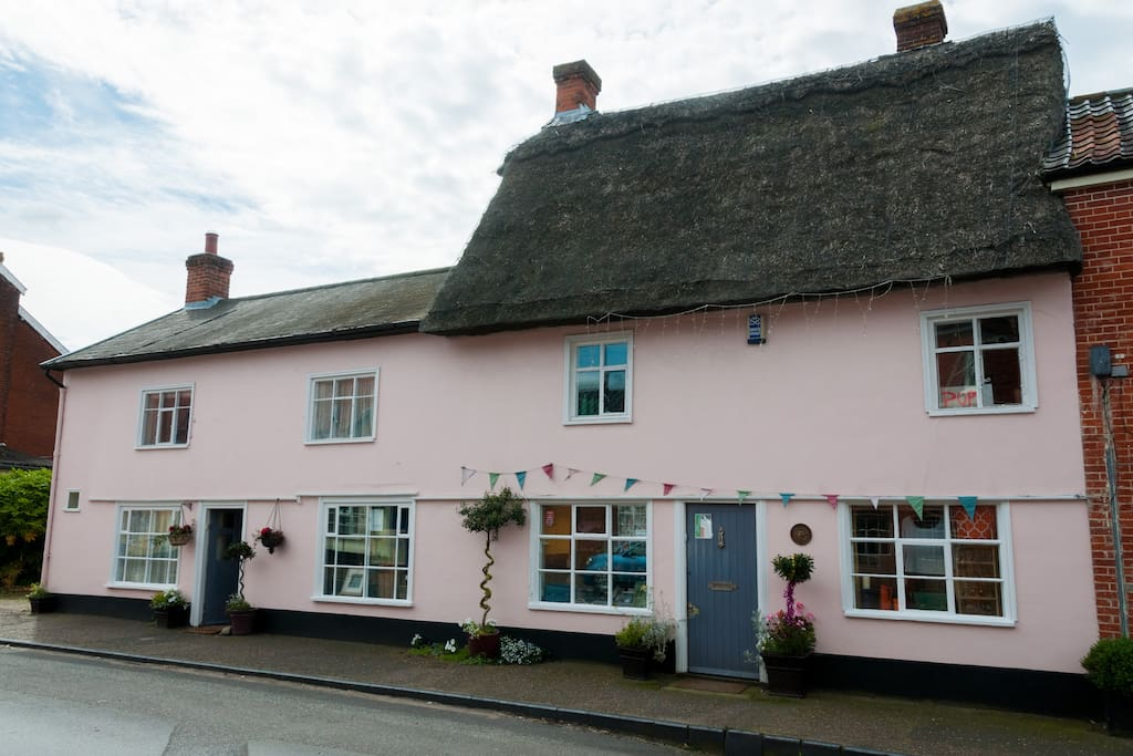 Bakehouse cottage with shop, studio and holiday cottage