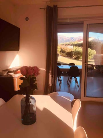 Appartement avec piscine à 2 min de Saint-Florent
