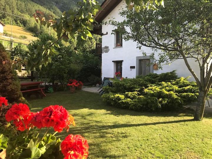 Willkommen zum Kleiner Hof, Haus mit Garten