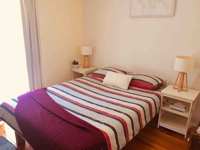 Comfortable B&B in nature — 5 min drive to CBD