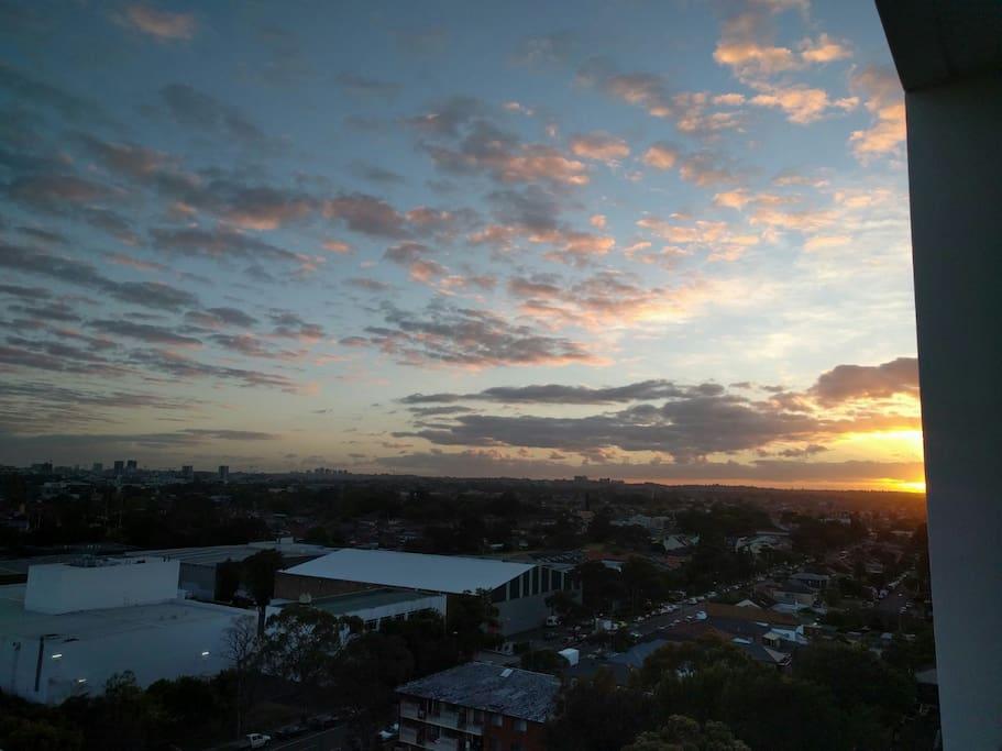 Enjoy stunning sunrises over Sydney