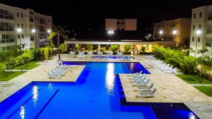 Lindo Apartamento Muro Alto - vista piscina 3 qtos