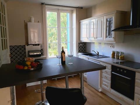Privat lejlighed på 80m2 i smuk bolig