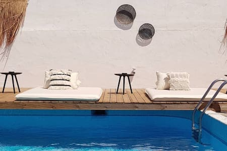 Private Junior Suite 9 with Swimming Pool at Mira