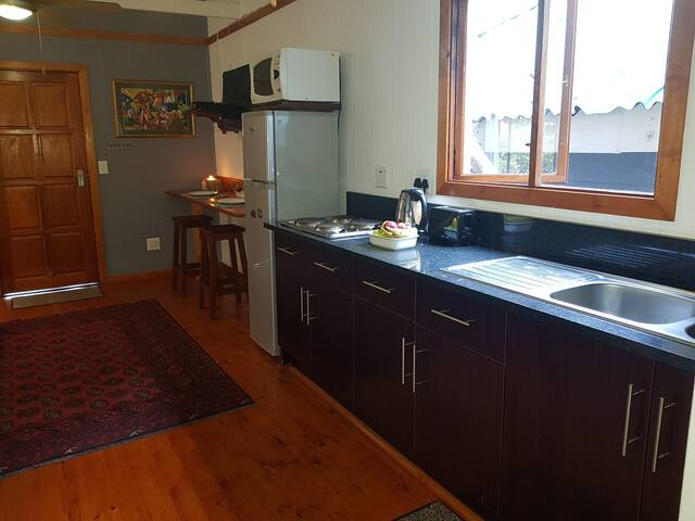 Unit B - fully equipped kitchen