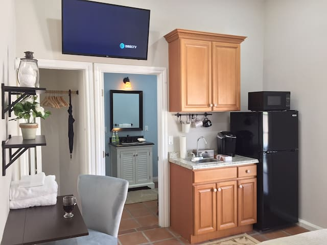 Full DIRECTV access, Keurig, microwave and refrigerator