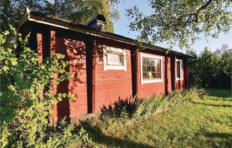 Holiday cottage with 3 bedrooms on 38 m² in Länghem