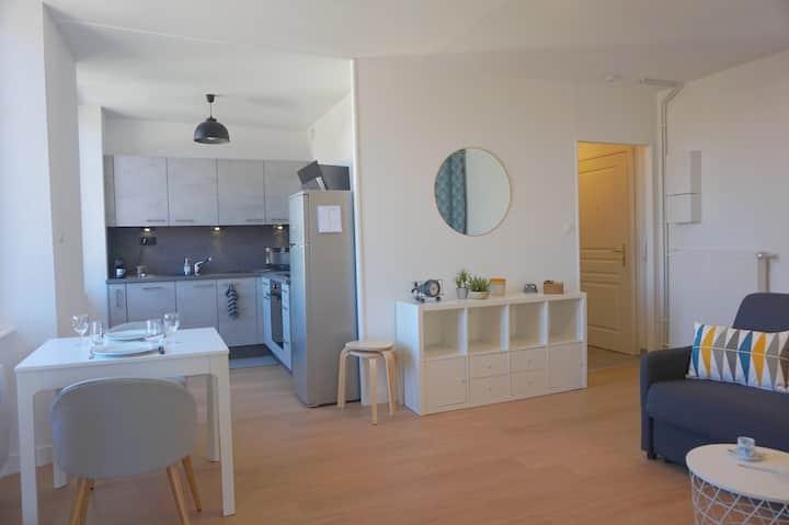 Sweet Home by Aurélie & Thomas