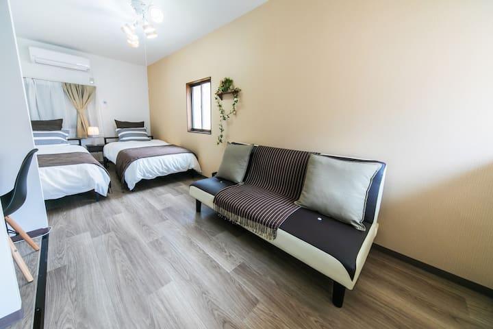 ベッドルーム B Bed room B