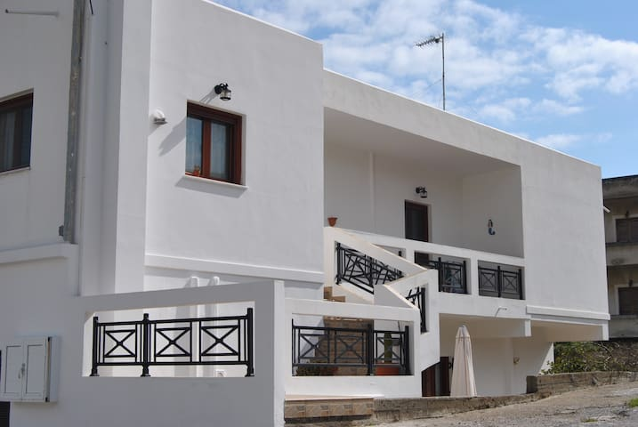 Apartment 200 mtrs away from Agia Marina's beach