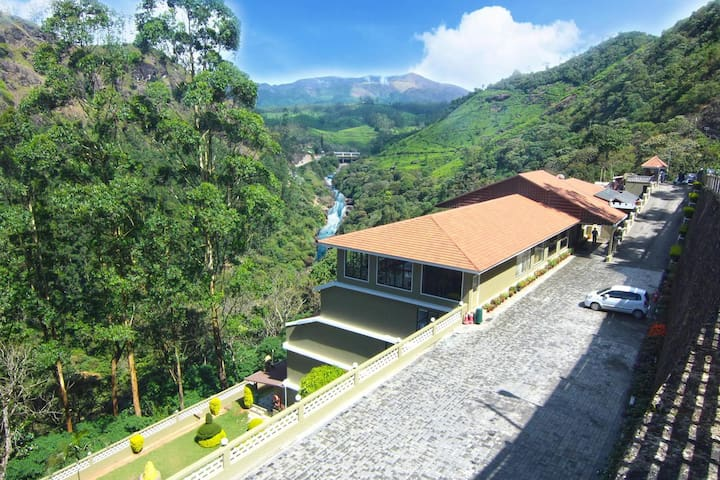 Castle View Stay at Munnar