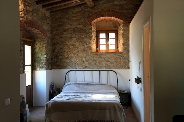 Cosy house with garden - La casetta di Marta