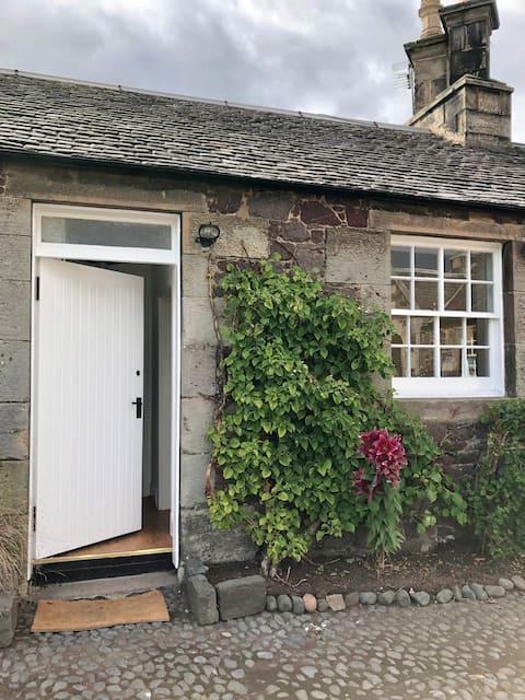 Phantassie Cottage