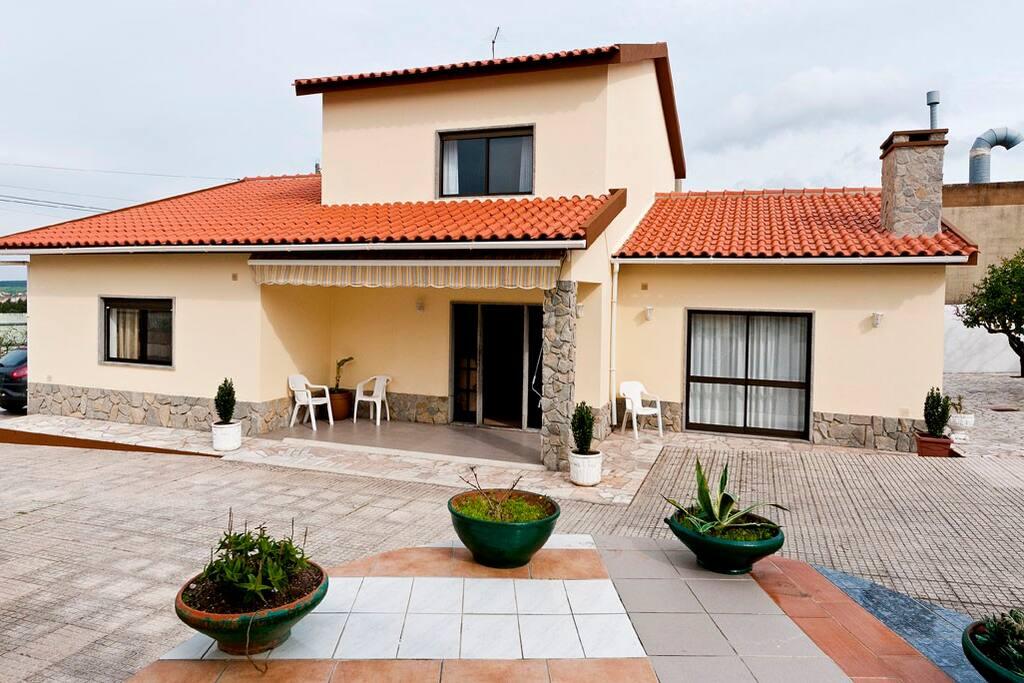 lameiras house h user zur miete in mafra lisboa portugal. Black Bedroom Furniture Sets. Home Design Ideas