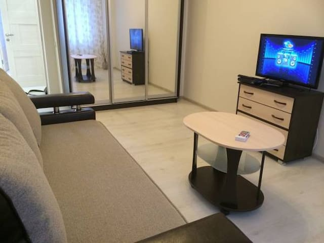 Апартаменты на ул. Тюльпанов (Адлер) - Sochi - Apartment