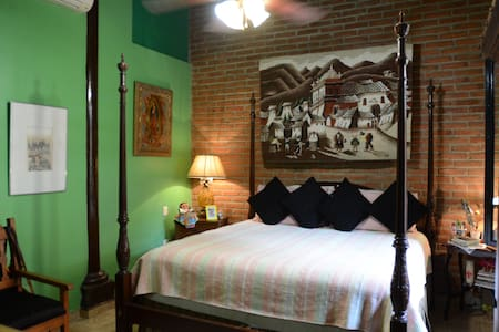 Unique Traditional Old Mexican Hacienda Green Room - Mazatlán - Villa
